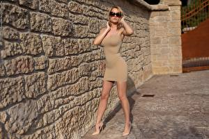 Images Blonde girl Gown Posing Eyeglasses Hands Legs Stilettos young woman