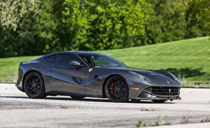 Bakgrundsbilder på skrivbordet Ferrari Grå Sidovy f12 novitec carbonfiber automobil