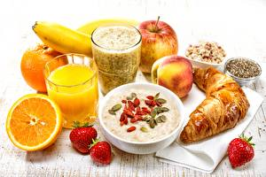 Desktop wallpapers Juice Orange fruit Oatmeal Croissant Strawberry Highball glass Breakfast Healthy eating Food