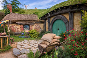 Tapety na pulpit Nowa Zelandia Budynki Trawa Hobbiton Natura