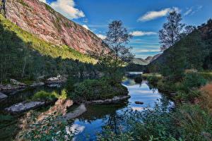 Bilder Norwegen Gebirge Flusse Bäume Felsen Modalen