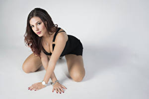 Pictures Pose Hands Decollete Glance Gray background Samanta female