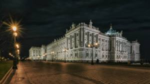 Images Spain Madrid Palace Night time Street lights Town square Palacio Real