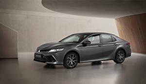 Bakgrundsbilder på skrivbordet Toyota Grå Metallisk Camry Hybrid, EU-spec, 2020 Bilar
