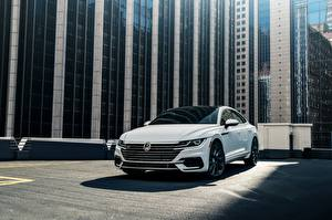 Image Volkswagen White 2018 R-Line Arteon 2019