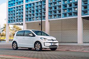 Sfondi desktop Volkswagen Bianco 2020 Volkswagen e-up!