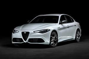 Sfondi desktop Alfa Romeo Bianco Metallizzato Giulia Veloce Ti Q4 (952), 2019 --