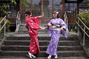 Hintergrundbilder Asiaten Zwei Lächeln Hand Kimono junge frau