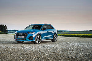 Images Audi CUV Light Blue Metallic Hybrid vehicle Q3 45 TFSI e S line, 2020 auto
