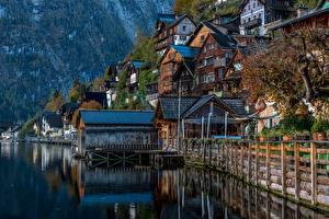 Sfondi desktop Austria Hallstatt Lago Montagne La casa Alpi