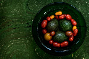 Pictures Avocado Tomatoes Plate Food