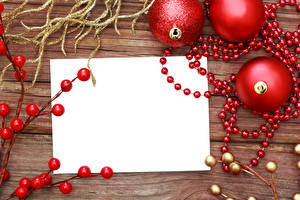 Wallpapers Christmas Berry Balls Template greeting card