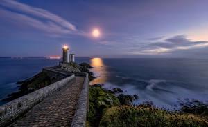 Hintergrundbilder Frankreich Küste Leuchtturm Mond Brittany