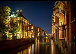 Pictures Germany Hamburg Houses Night time Canal Cities