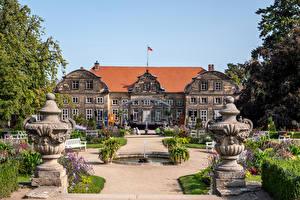 Fonds d'écran Allemagne Aménagement paysager Fontaine Palais Blankenburg (Harz)
