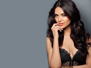 Image Indian Gray background Brunette girl Glance Hands Esha Gupta Girls Celebrities