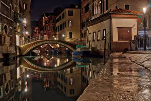 Pictures Italy Bridges Motorboat Venice Night time Canal Street lights Cities