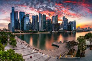 Hintergrundbilder Singapur Abend Gebäude Wolkenkratzer Wolke Marina Bay