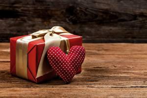 Hintergrundbilder Valentinstag Geschenke Herz
