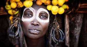 Pictures Face Negroid Staring ethiopia Girls