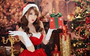 桌面壁纸,,亚洲人,新年,棕色的女人,制服,手,手套,禮物,散景,女孩,