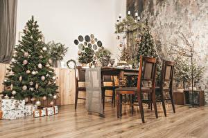 Hintergrundbilder Neujahr Innenarchitektur Tannenbaum Kugeln Stuhl Tisch Geschenke