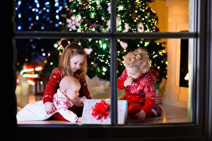 Photo Christmas Window Three 3 Little girls Boys Baby Gifts Children