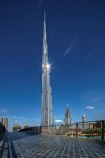 Bakgrunnsbilder De forente arabiske emirater Bygninger Skyskrapere Dubai Burj Khalifa en by