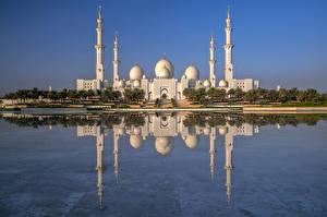 Bakgrunnsbilder De forente arabiske emirater Moské Refleksjon Sheikh Zayed Grand Mosque, Abu Dhabi byen