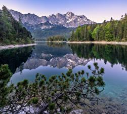 Bureaubladachtergronden Duitsland Bergen Rivier Reflectie Bomen Alpen Upper Bavaria Natuur