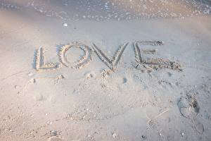 Picture Love English Word - Lettering Sand