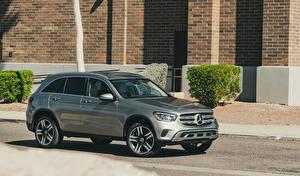 Fotos Mercedes-Benz Crossover Grau 2020 GLC 300