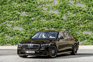 Pictures Mercedes-Benz Metallic Black 2021 S 580 e lang AMG Line Worldwide automobile