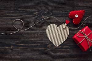 Sfondi desktop Festa di san Valentino Cuore Modello biglietto di auguri Tavole
