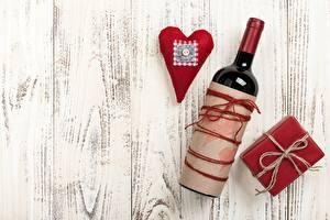 Sfondi desktop Festa di san Valentino Cuore Tavole Modello biglietto di auguri