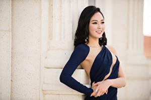 Sfondi desktop Asiatico Bruna ragazza Colpo d'occhio Sorriso Vestito Braccia Yoo Ye-bin Celebrità Ragazze
