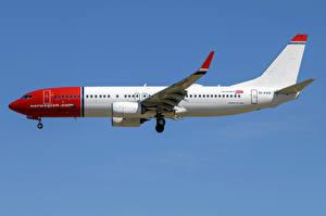 Fotos Boeing Flugzeuge Verkehrsflugzeug Seitlich 737-800W, Norwegian Air International