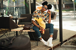 Wallpapers Bouquet Negroid Hairstyle Eyeglasses Sit Hands Legs Jeans High heels female