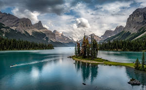 Pictures Canada Park Mountain Lake Scenery Jasper Park Clouds Maligne Lake, Alberta Nature