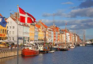 Bilder Dänemark Kopenhagen Gebäude Binnenschiff Flagge Kanal