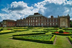 Sfondi desktop Inghilterra La casa Progettazione del paesaggio Pelouse Nuvole Wimpole Estate Città