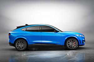 デスクトップの壁紙、、フォード・モーター、空色、メタリック塗、側面図、クロスオーバー、Mustang Mach-E GT, China, 2021、自動車