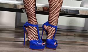Sfondi desktop Le gambe Scarpe con tacco Collant giovani donne