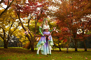 Pictures Mikhail Davydov photographer Warriors Pose Bow weapon Trees Glance Costume play Rena Girls