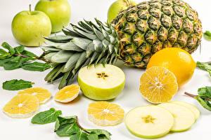 Fondos de Pantalla Piñas Manzanas Limones El fondo blanco Alimentos imágenes