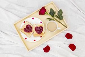 Hintergrundbilder Rose Valentinstag Tablett Herz Lebensmittel