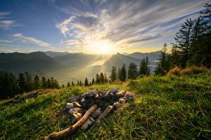 Sfondi Svizzera Montagne Cielo Alpi Erba Il Sole  Natura immagini