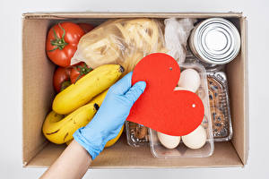 Image Valentine's Day Bananas Tomatoes Hands Glove Heart Box Eggs