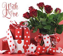 Papel de Parede Desktop Dia dos Namorados Rosas Texto Ingleses Bordô Presentes Fita flor
