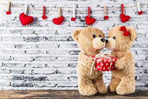 Image Valentine's Day Teddy bear 2 Walls Peg Heart Gifts